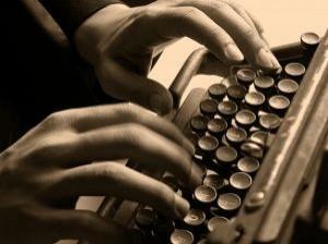 tumblr_static_velha-maquina-de-escrever-e-digitadora_2966154